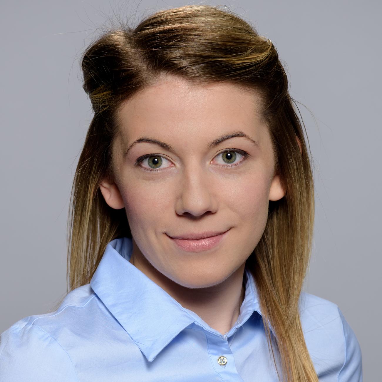 Сузана Стоянова